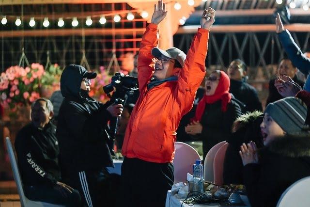 Lạc giọng vì cổ vũ bóng đá ở nơi đặc biệt nhất Việt Nam - 4