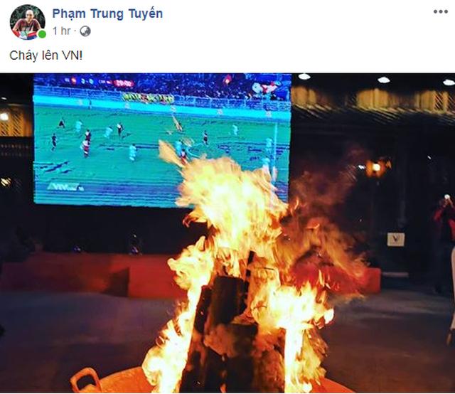 Lạc giọng vì cổ vũ bóng đá ở nơi đặc biệt nhất Việt Nam - 5